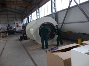 Slewing ring of umbilical winch