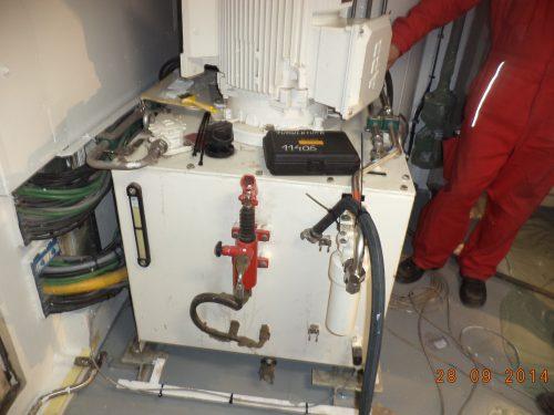 Reservoir installed on board